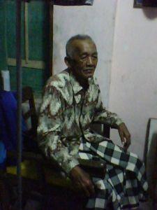 Mbah Kakung Ali Munawar di Tegal
